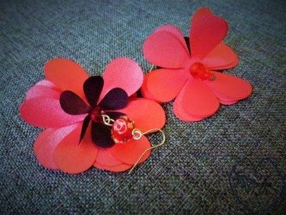 auskarai gėlytės